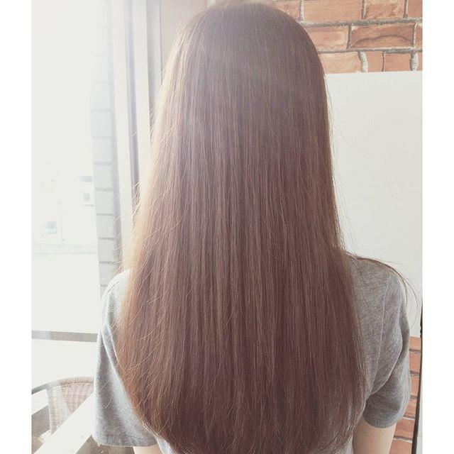 ナチュラルストレート梅雨におすすめなストパーです  #color #美容室 #カラー #パーマ #髪型 #撮影 #ロング #イメチェン #ヘア  #かわいい  #cut #カット #perm #girl #style #happy  #cute #kawaii #オシャレ #fashion #makeup #hairstyle #hair #トリートメント  #beauty #オシャレ #ストパー #ストレート