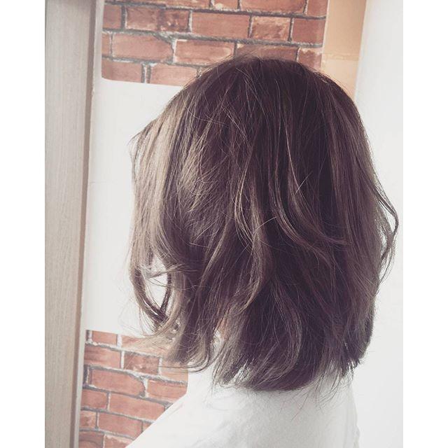 ロシアンカラーブルーアッシュで赤みを消してロシア人みたいに透明感ある柔らかカラー#fashion #makeup #hairstyle #hair #カラー #color #美容室 #カット #パーマ #ボブ #トリートメント #hairstyle #haircolor #髪型 #イメチェン #郡山 #イマジンヘアー