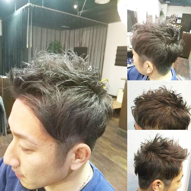 ライブを見に行くためにカットカラーでご来店です☆ブリーチしてからプラチナアッシュで存在感あるカラーにし、毛先を動きやすく軽さを出して仕上げました☆#fashion #makeup #hairstyle #hair #hairstyle #instahair #カット #カラー #cut #美容室 #color #髪型 #ショート #イメチェン #アッシュ #メンズ #刈り上げ #ツーブロック #郡山 #イマジンヘアー